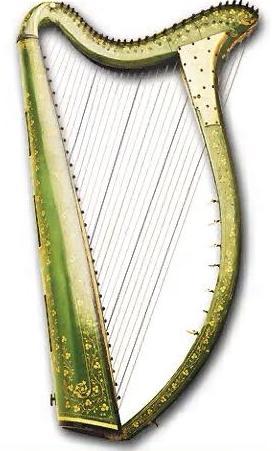 струнный щипковый инструмент древнего происхождения